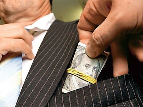 Reasons Why You Should Bribe, Extort and Force Your Clients into Gangs