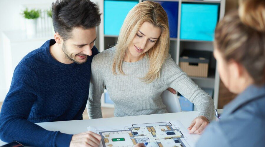 7 Steps For Rookie Real Estate Agents To Crush Six Figures In Their First Year