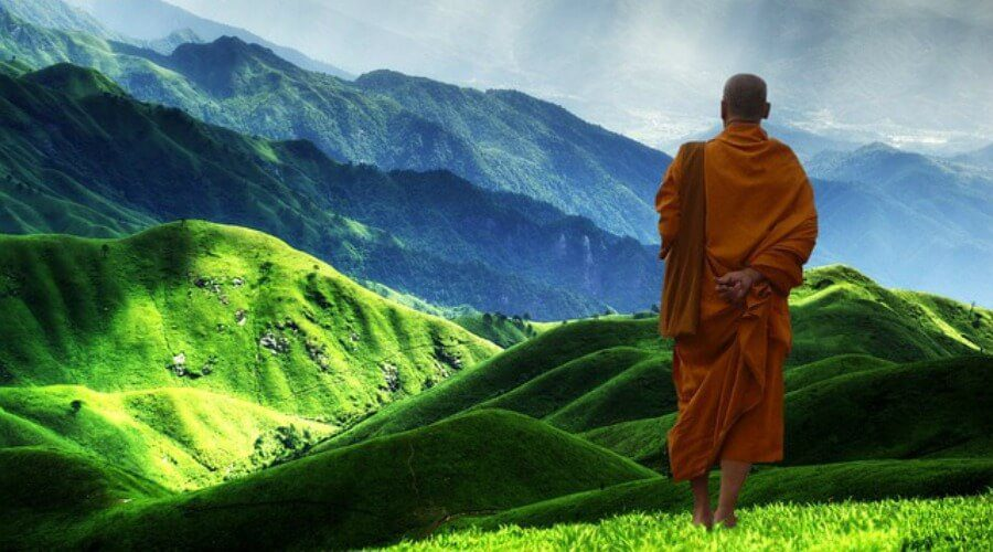 Book Review: The Monk Who Sold His Ferrari – Robin Sharma