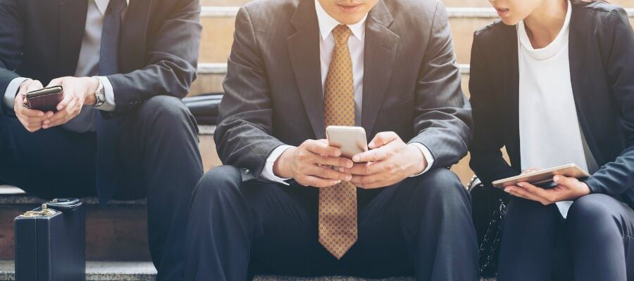 5 Go-To Text Replies That Close Sales