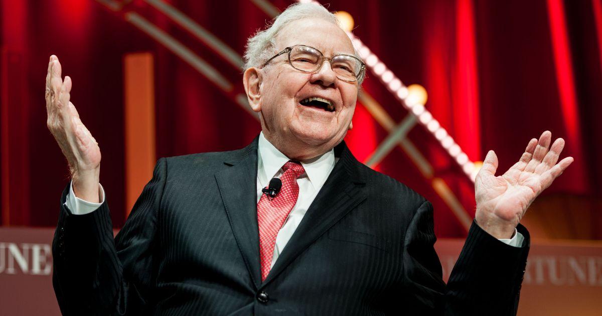 THC Podcast 178: Business Advice From Warren Buffet – Build A Moat